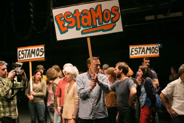 El-públic-juga-un-paper-molt-actiu-a-Si-sabes-lo-que-hay